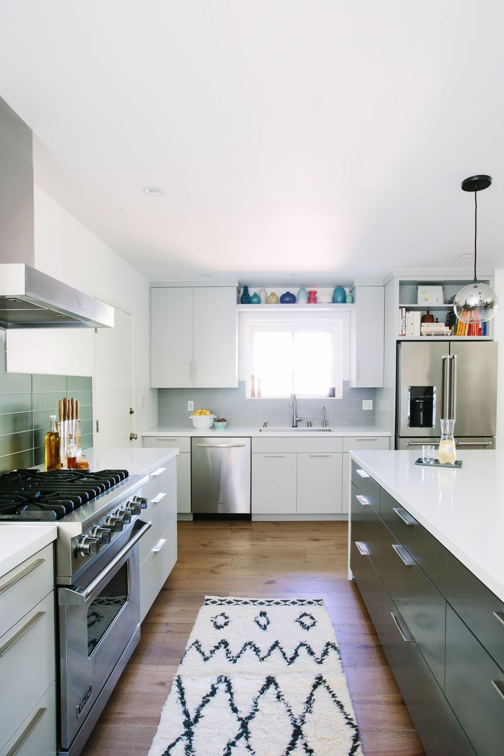 14 Times White Kitchen Cabinets Transformed A Space White
