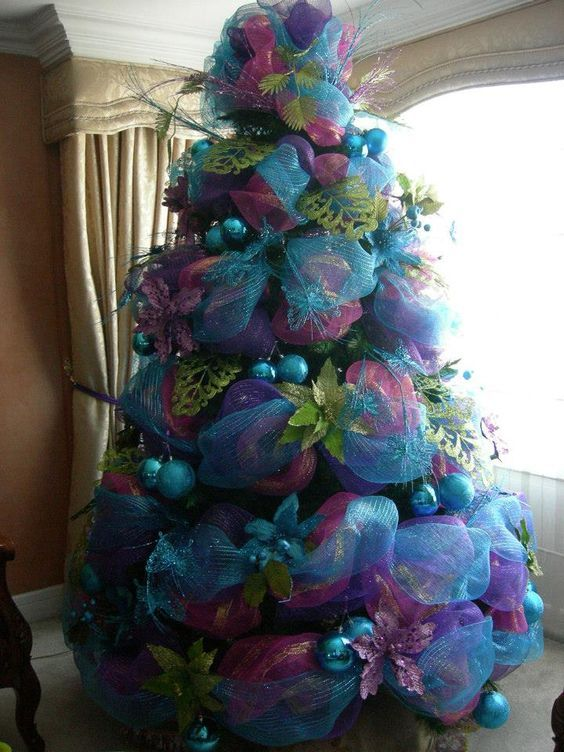 Ideas De Decoracion De Arboles De Navidad 2018 2019 Decoracion De Arboles Arbol De Navidad Colorido Pinos De Navidad Decorados