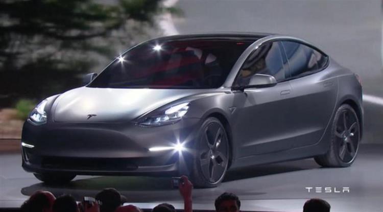 Tesla Model 3 : prix, autonomie et premières photos (mit ...