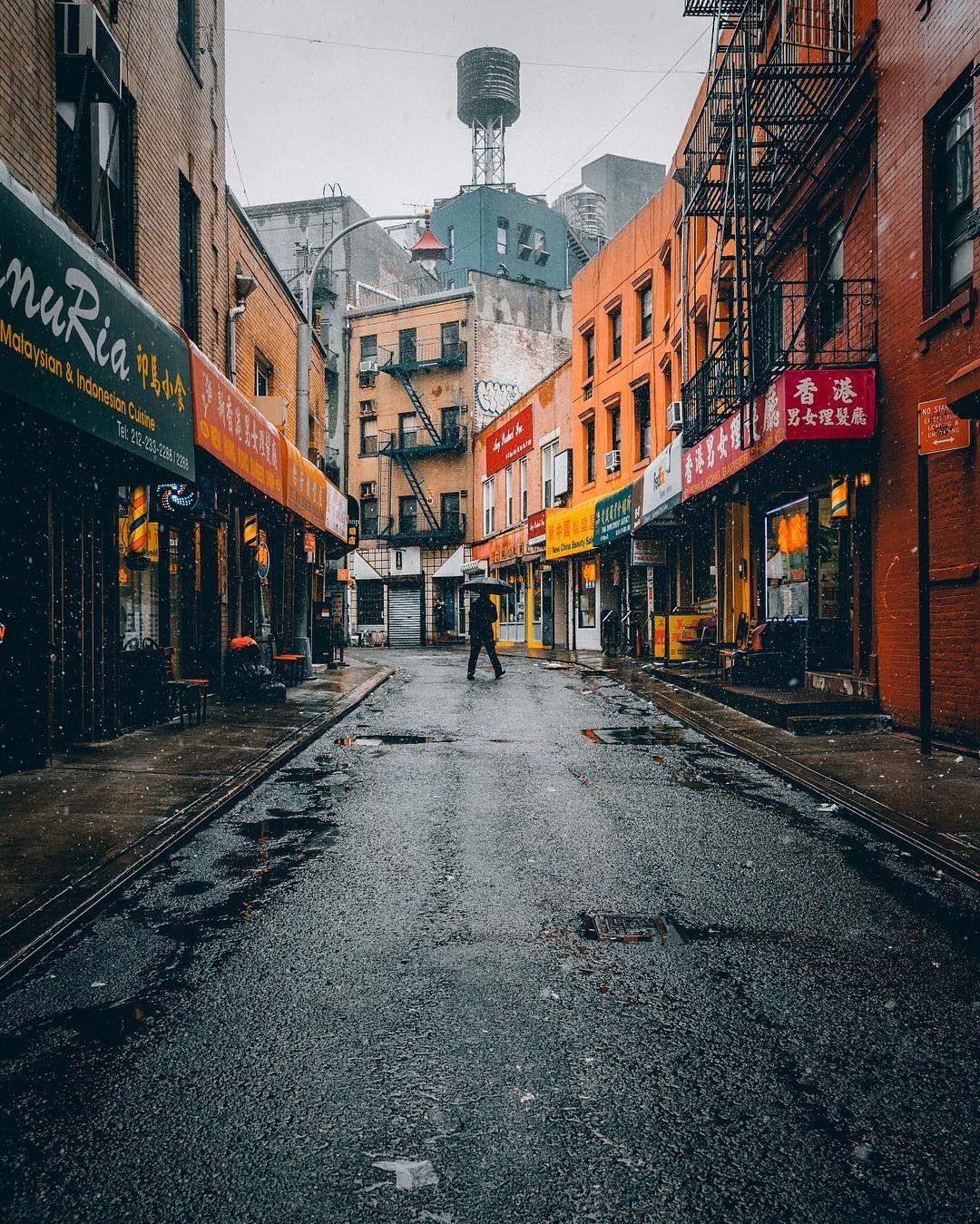 Vibrant Street Photographs of New York City by Henry ...