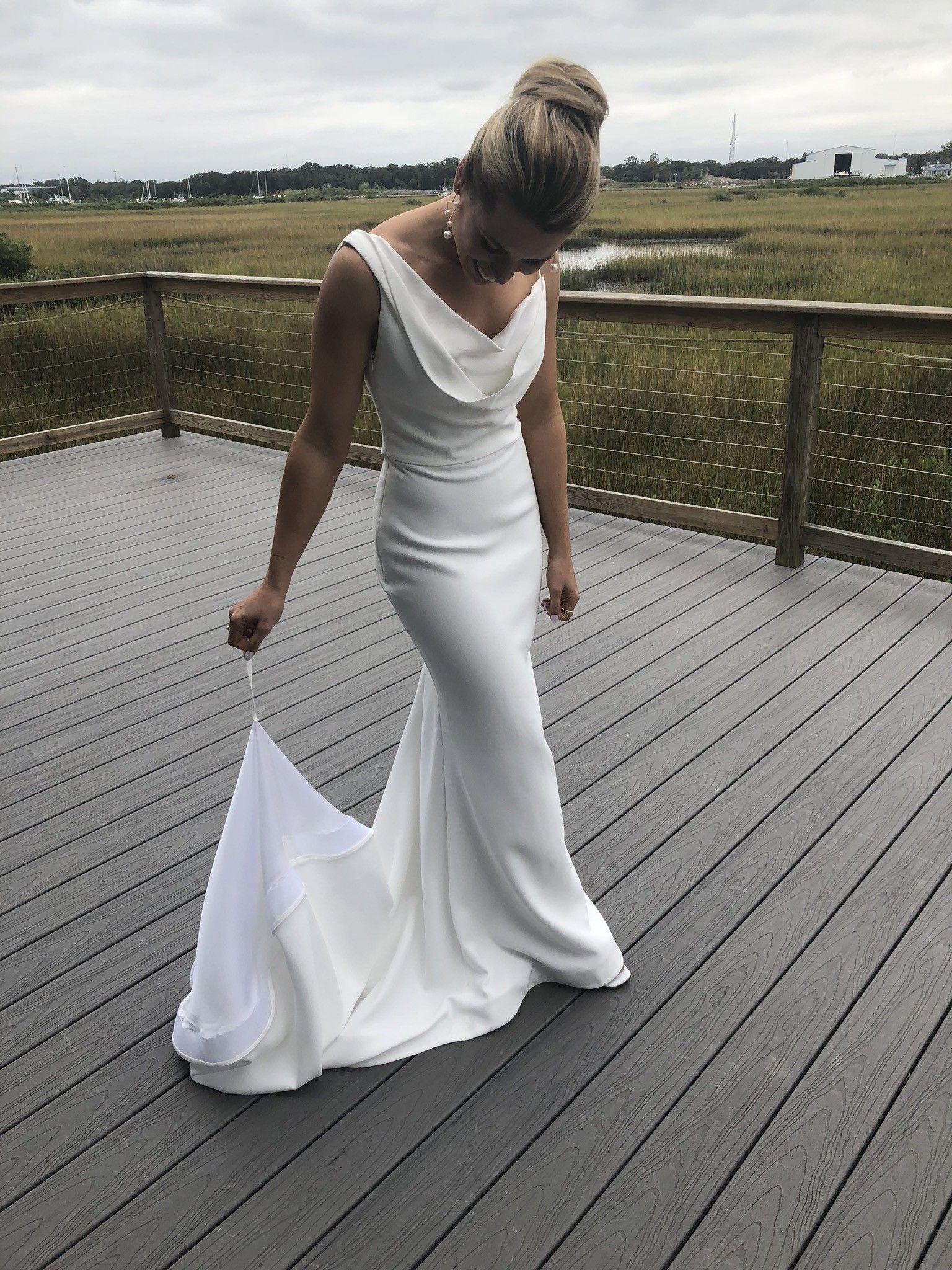 Vera Wang Florentina Wedding Dress In 2020 Elegant Wedding Dress