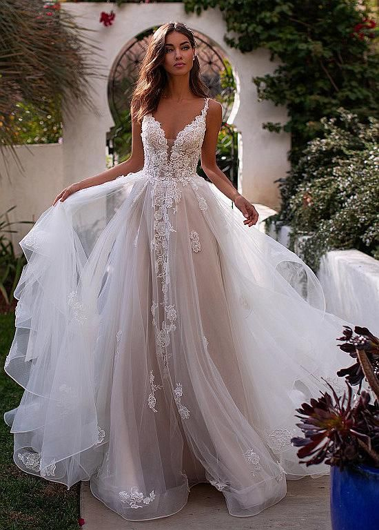 [240.99] Winsome Tulle V-neck Neckline A-Line Wedding Dresses With Beaded Lace Appliques - magbridal.com.cn