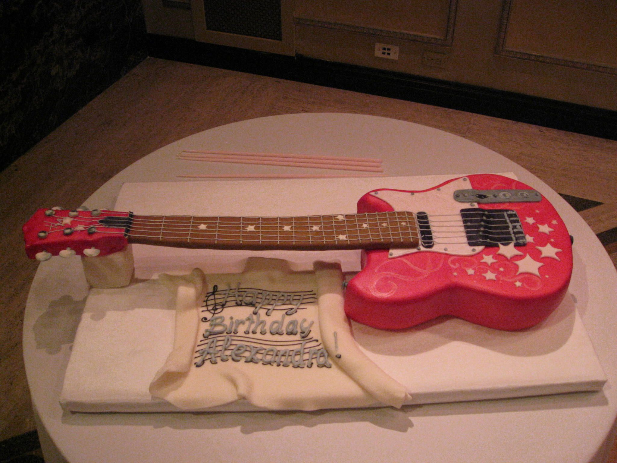 Themed Parties Matching Decor And Catering Mazelmoments Com Guitar Cake Birthday Party For Teens Unique Cakes