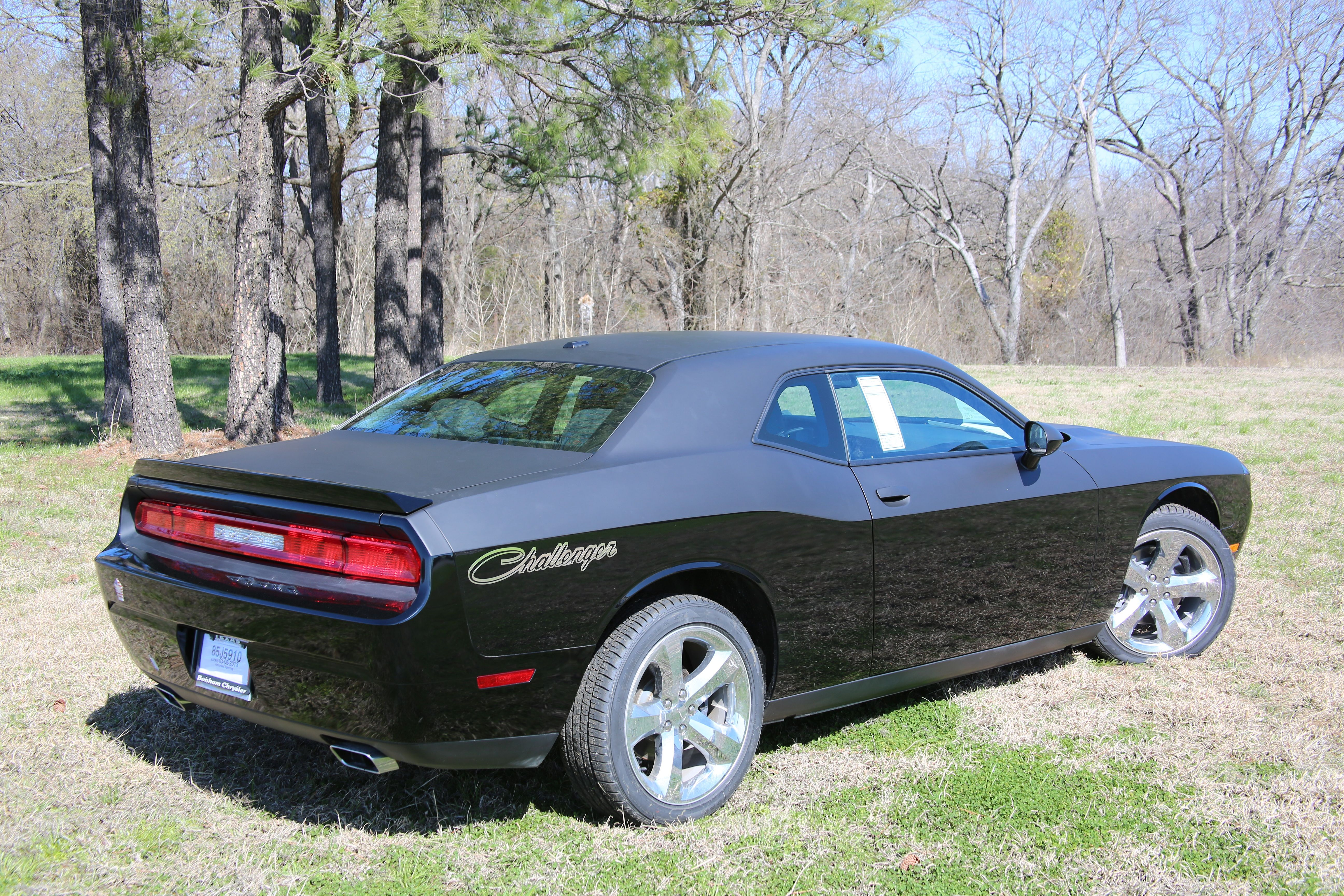 Challenger with two tone black finish original gloss