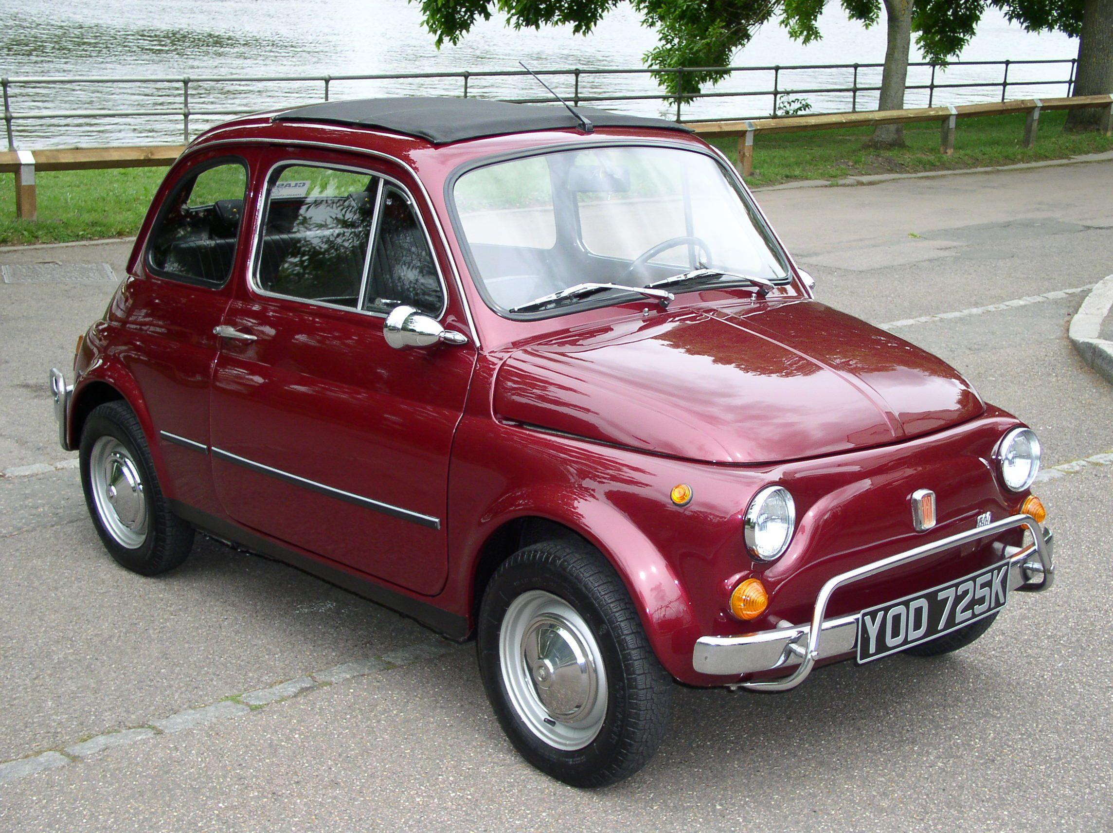Classic Chrome Fiat 500 L 1971 K Burgundy First Random Pins