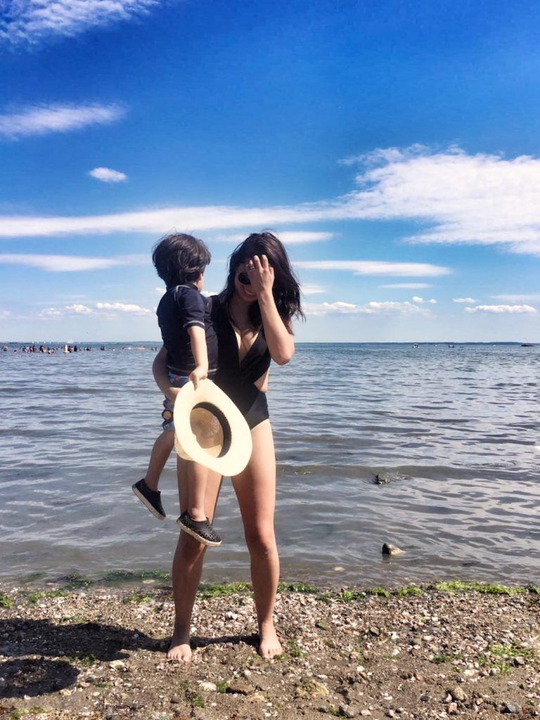 26ef6430b Postpartum Swimwear  10 Tips to Hide the Pooch - The Mom Edit
