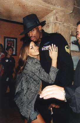 Carmen Electra and Dennis Rodman married in Las Vegas in