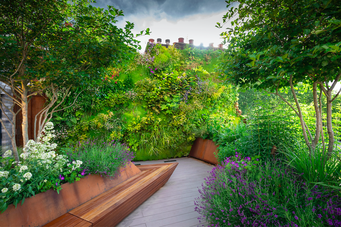 Garden Design Ideas From The Winners Of The Sgd Awards 2020 Society Of Garden Designers In 2020 Roof Garden Design Garden Design London Garden
