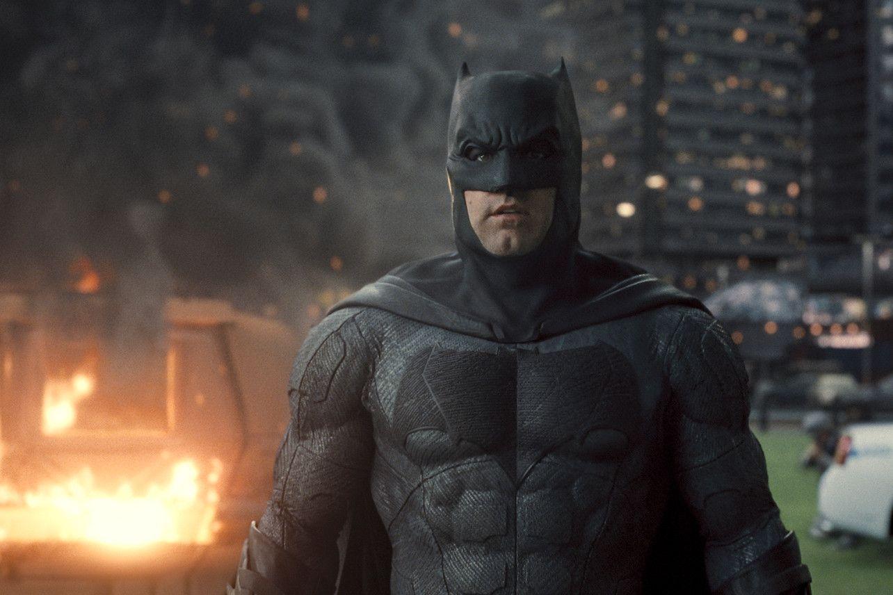 Batman Ben Affleck In Zack Snyder S Justice League 2021 In 2021 Batman Batman Movie Marvel Dc Comics
