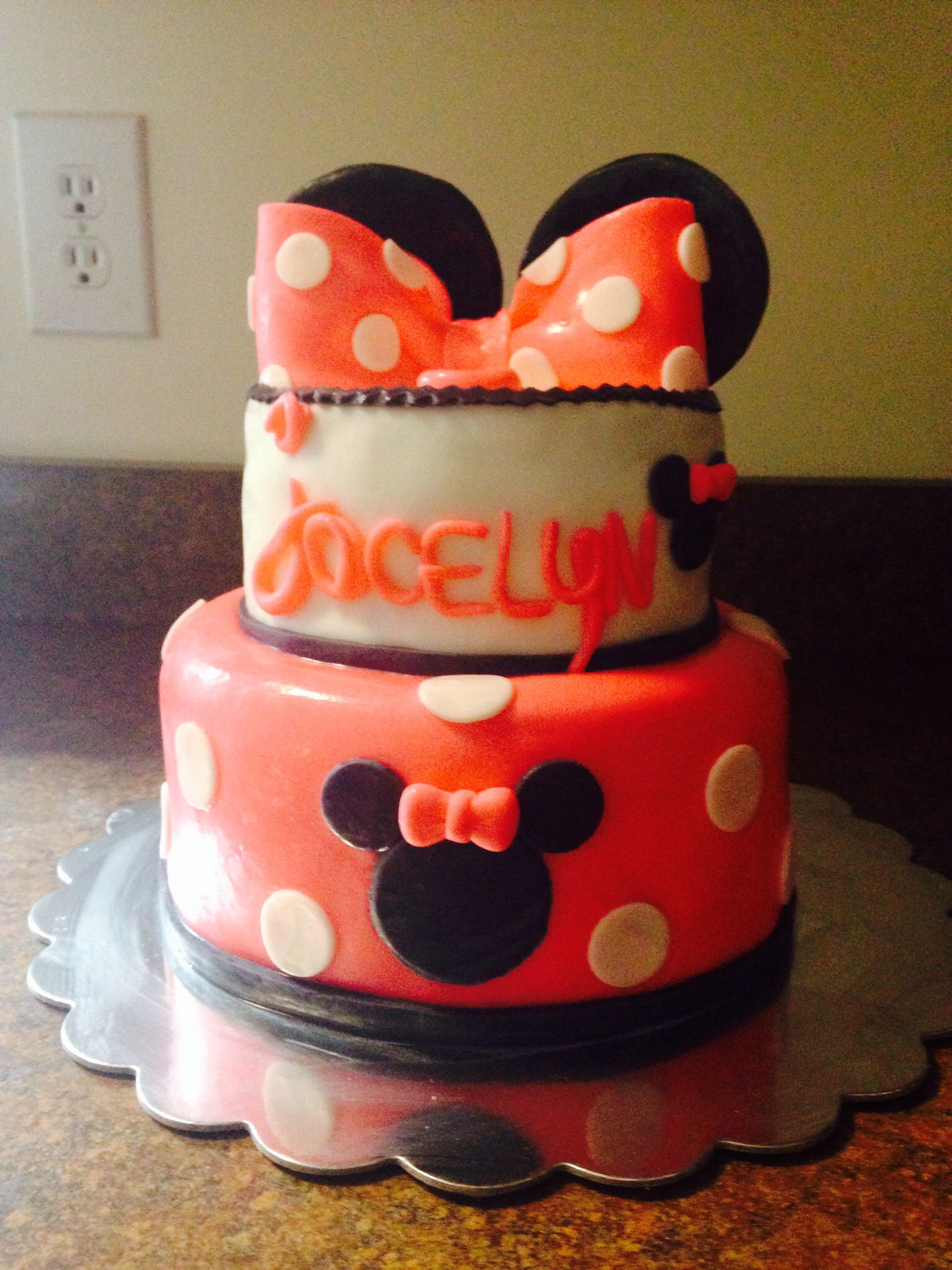 Minnie Mouse cake CAKES!!! Pinterest Mouse cake, Minnie mouse - Minnie Mouse Halloween Decorations