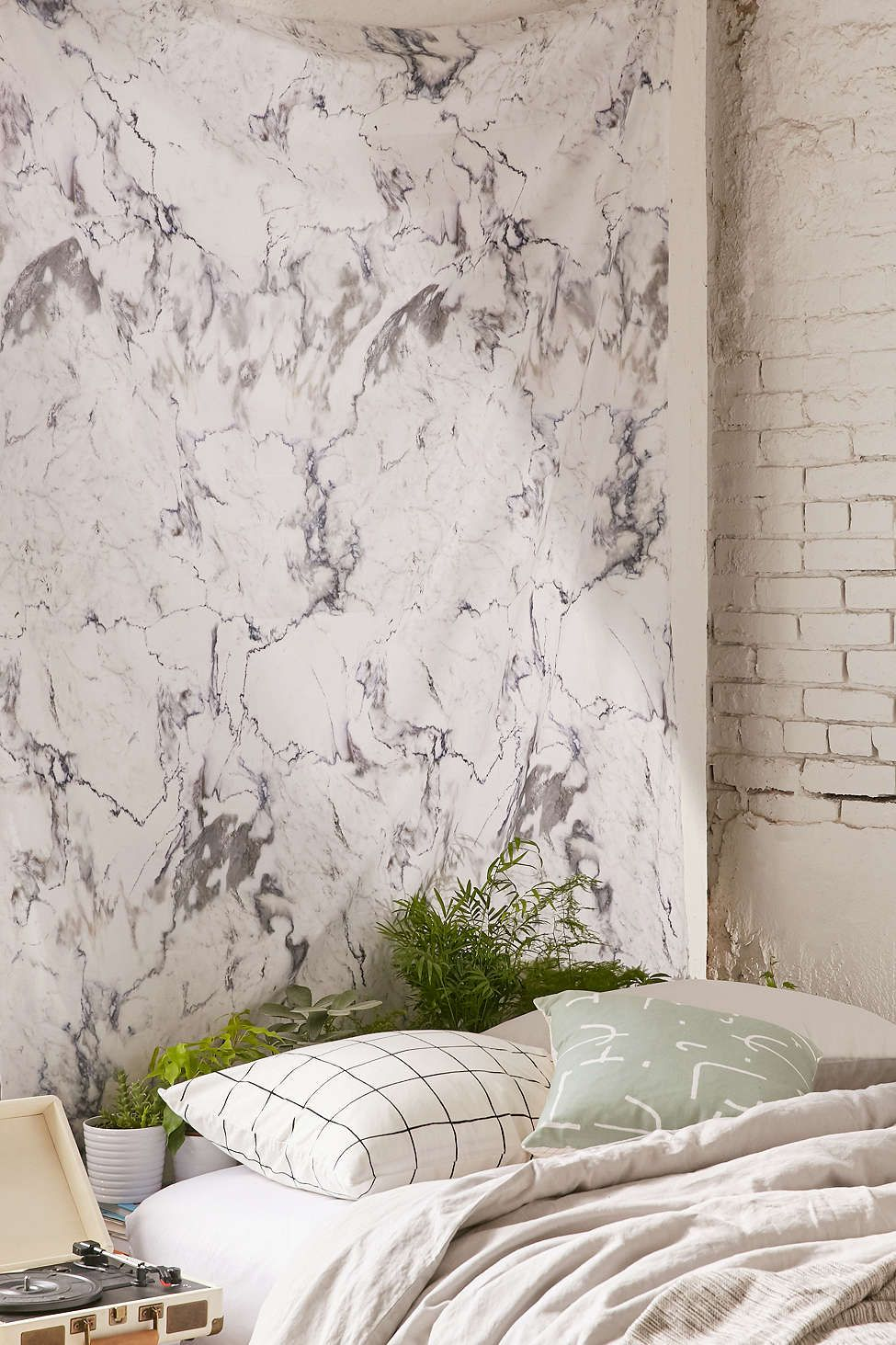 pictures 11 Faux Marble Accessories that Look as Good as the RealThing