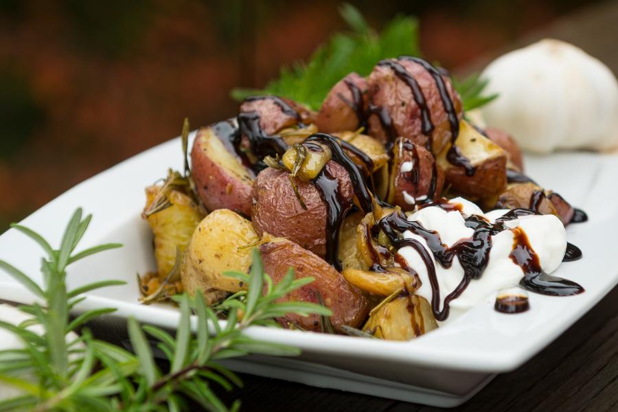 ROAST POTATOES Roast potatoes, Recipes, Potatoes