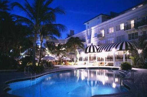 Dog Friendly Hotel In Miami Beach Fl Savoy Oceanfront The