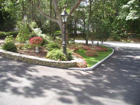 Driveway Edging Woodbury Gray Granite Driveway Landscaping Front Yard Landscaping Outdoor Garden