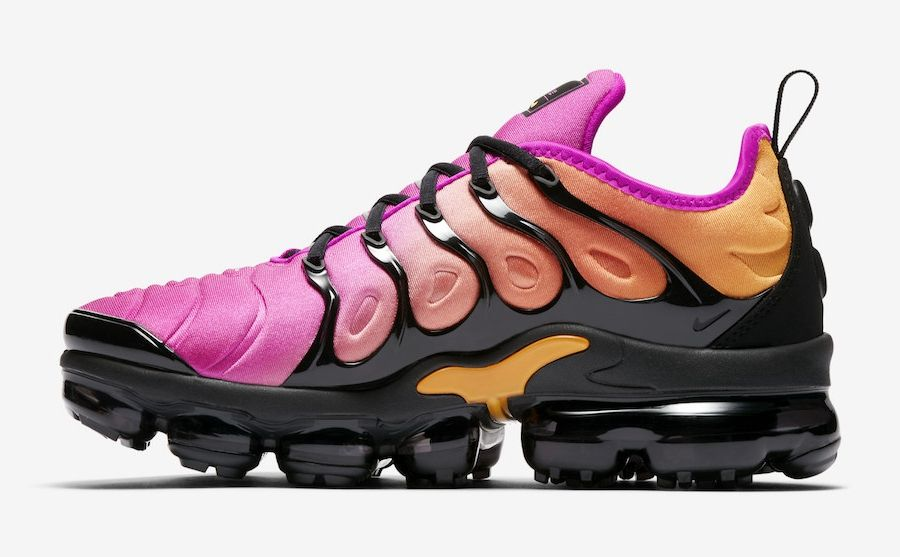 edf625eb516d Women s Nike Air VaporMax Plus