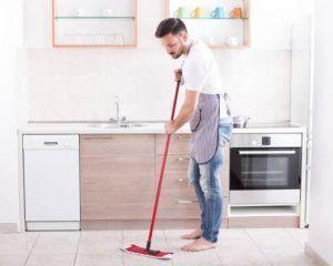 Carrelage : 3 ingrédients suffisent pour préparer le meilleur des nettoyants | Nettoyage sol ...