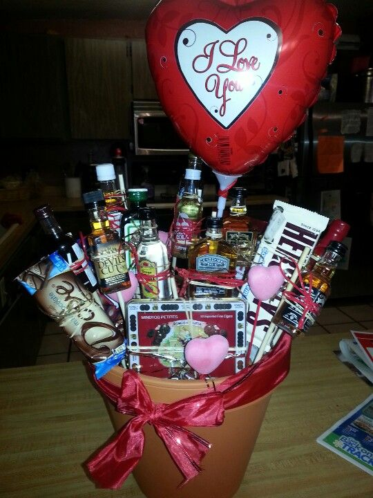 alcohol shooter bouquet for the manly men - Manly Valentine Gifts
