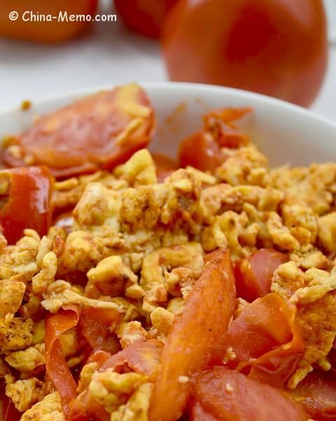 A simple chinese home cooking recipe egg fried tomatoes the tender a simple chinese home cooking recipe egg fried tomatoes the tender and fluffy eggs forumfinder Choice Image