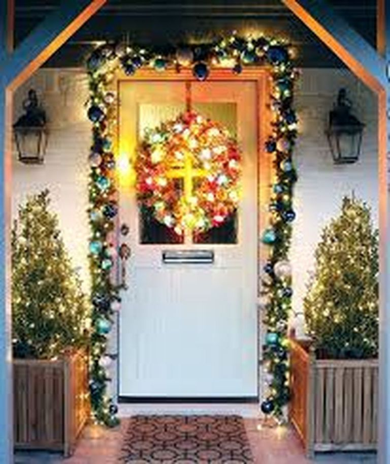 Christmas Front Door Decorating Ideas Design  Decor Ideas