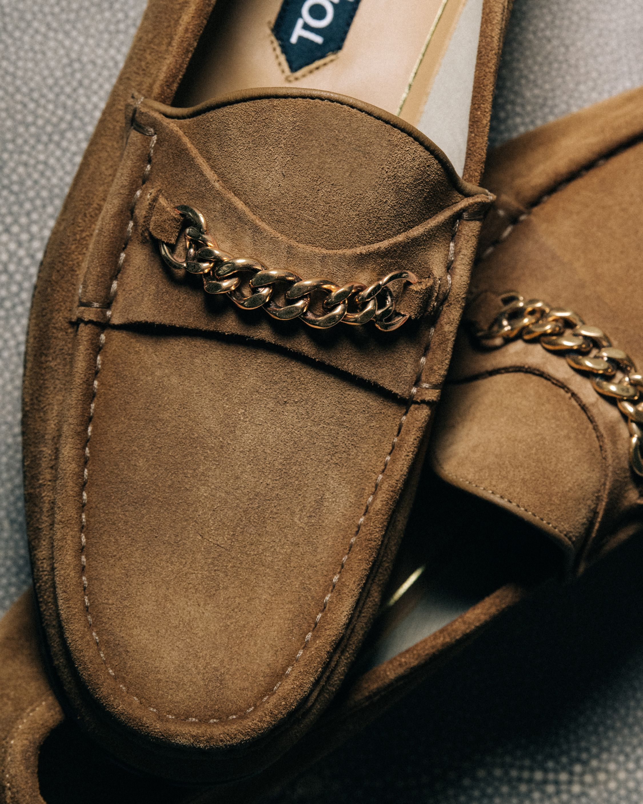 A Gift He Ll Love The Iconic Tom Ford Suede York Chain Loafers