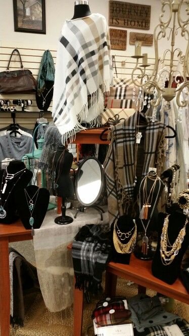 Apparel Display Verona Clothing Displays Boutique Display Display