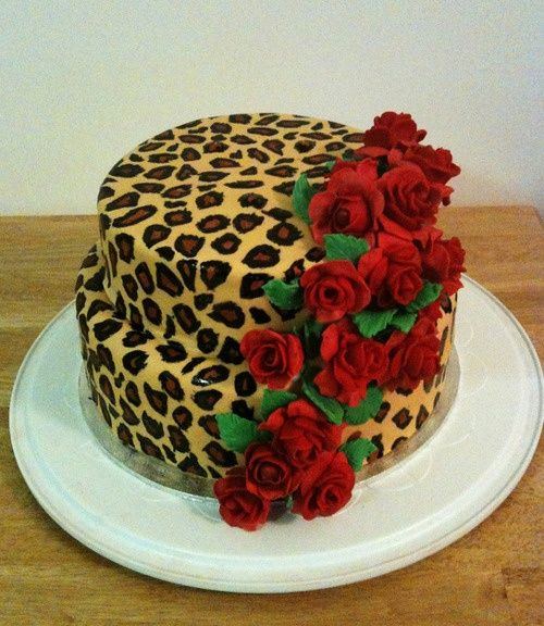 Leopard Baby Shower Decorations | Pin Sweeties Leopard Print Baby Shower  Cake Cake On Pinterest