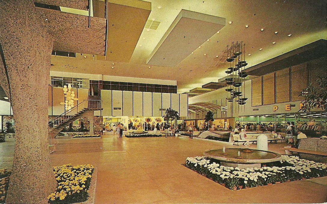 I Loved This Mall When I Was In Grade High School Then After