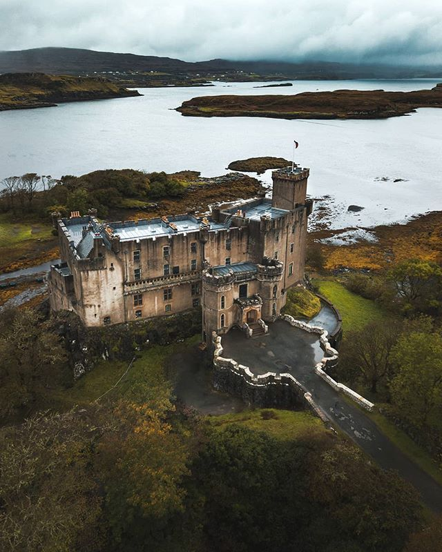Castles are one of the most iconic landmarks in Scotland. They simply just ooze history. The entire country of Scotland is breathtaking and a wonderful place to take a road trip through. There are so many castles in Scotland that it would be near impossible to see all of them
