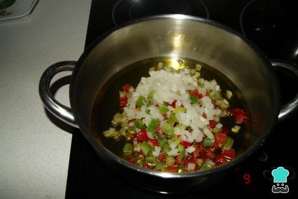 Receta de Patatas rellenas de carne al horno