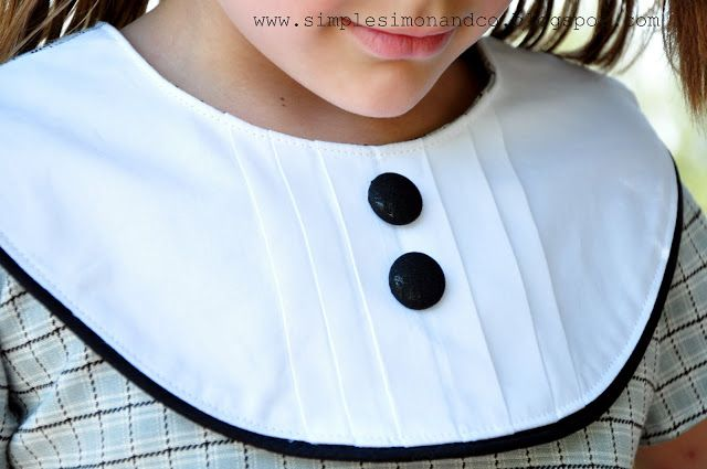 Simple Simon & Company: Pattern Remix. A pleated collar tutorial.