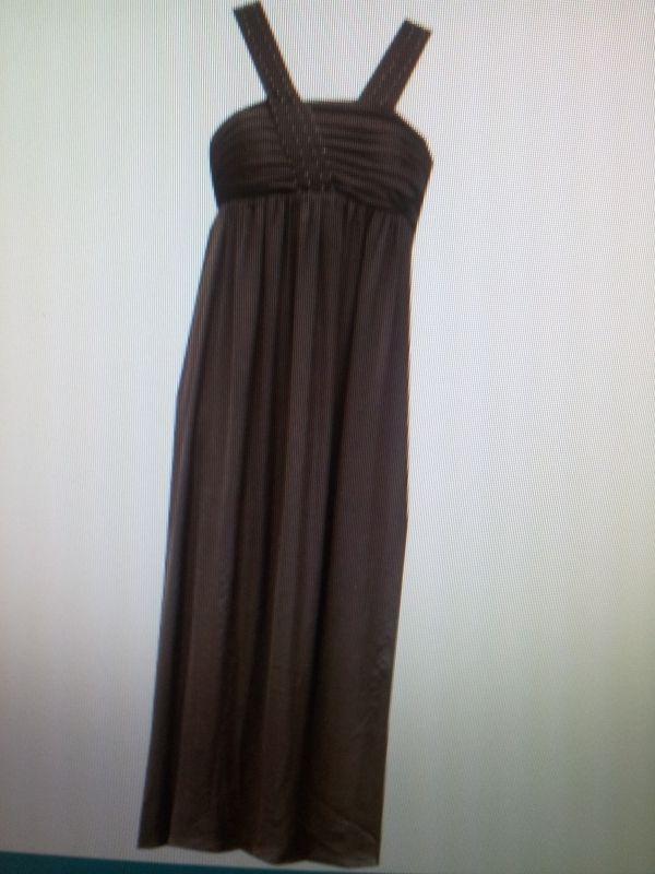 85798a6ec25  Location Belle robe de soirée longue. Alain Manoukian.Taille S marron  chocolat. Mima loue robe de soirée Alain Manoukian à Lyon 8ème ...