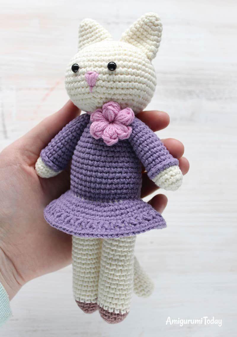 Amigurumi Kitty in lila Kleid - freies Muster | Elke Anna ...