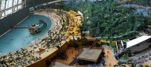 Tropical Islands Resort (710,000 sq ft)  Located in Krausnick, Germany, the Tropical Islands Resort is the largest indoor water park in the world.