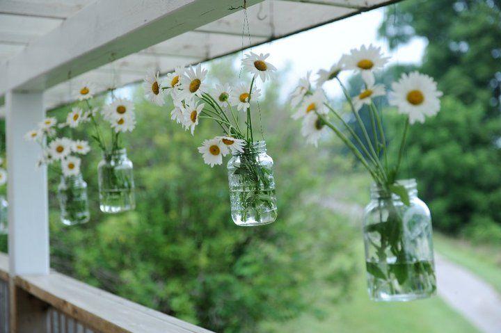 DIY summer wedding decor