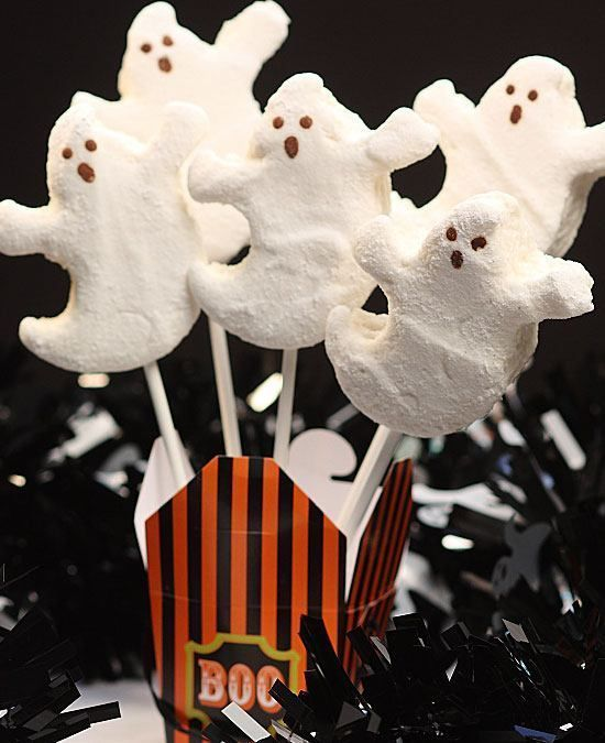 Easy Halloween Treats for Kids - Healthy Marshmallow Ghosts #healthymarshmallows Easy Halloween Treats for Kids - Healthy Marshmallow Ghosts - Halloween Party Food Ideas for Kids #cutemarshmallows Easy Halloween Treats for Kids - Healthy Marshmallow Ghosts #healthymarshmallows Easy Halloween Treats for Kids - Healthy Marshmallow Ghosts - Halloween Party Food Ideas for Kids #healthymarshmallows