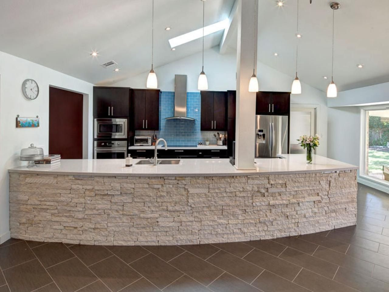 Kitchen With Stone Island  Stone Island Hgtv And Kitchens Fair Kitchen Counter Top Designs Design Design Inspiration