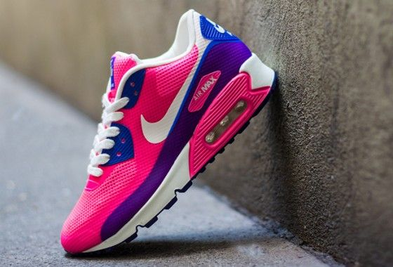 big sale b86f8 fbd16 Nike WMNS Air Max 90 Hyperfuse Pink Flash-Purple-Hyper Blue   Lady  Sneakerhead -