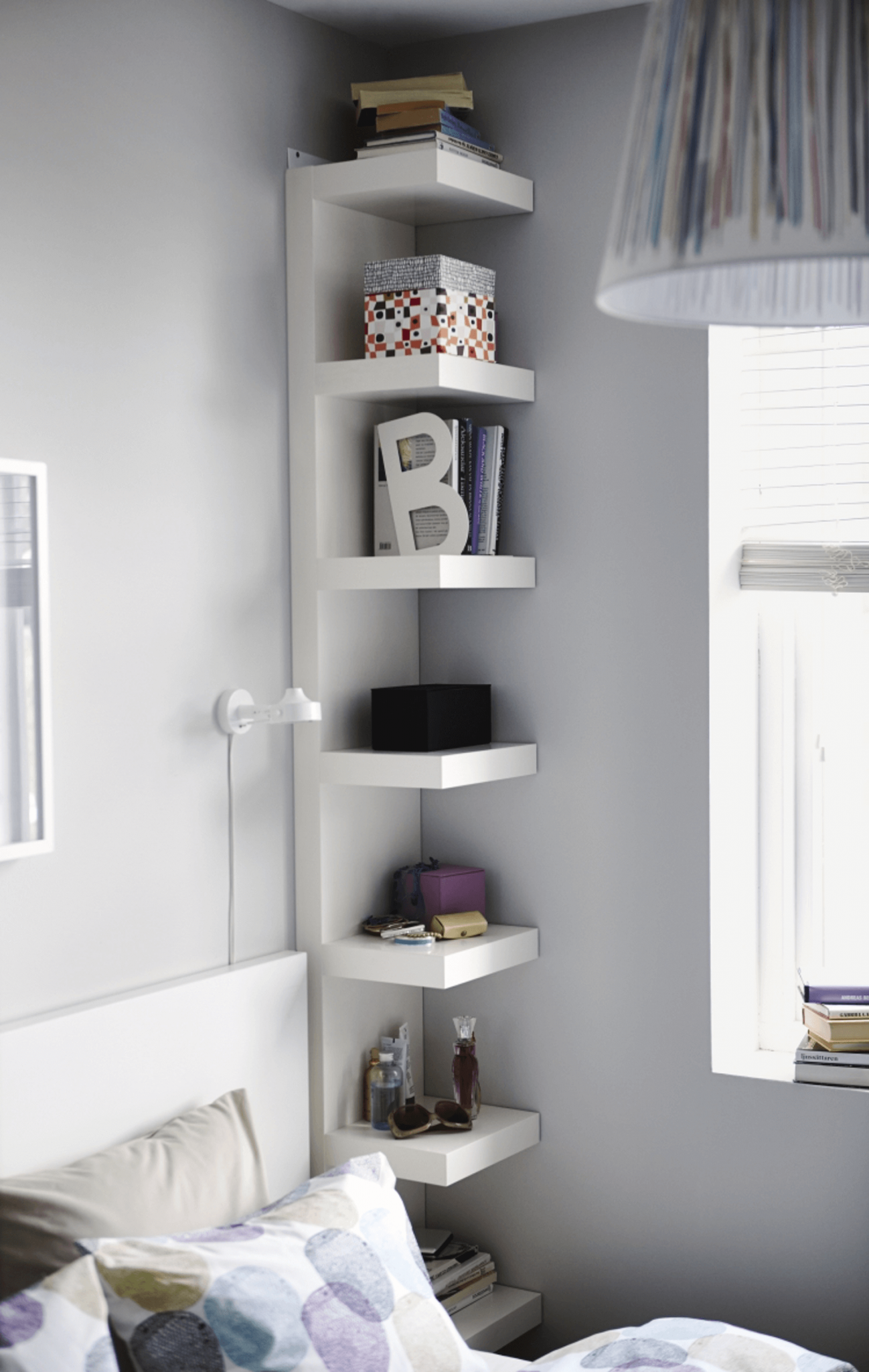 37 IKEA Lack Shelves Ideas And Hacks | Stanza da letto