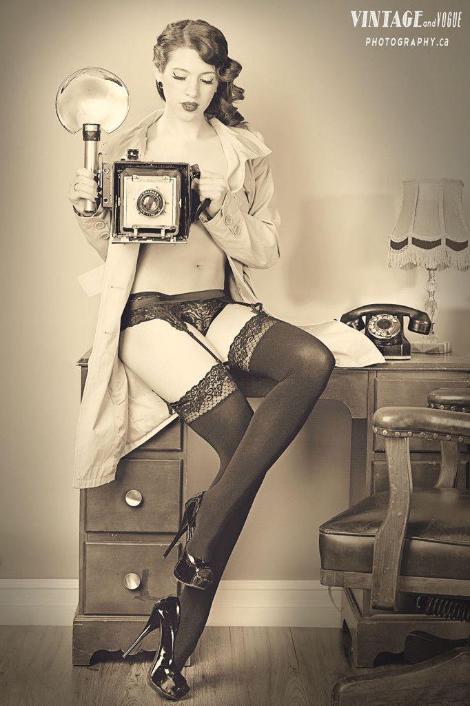 vintage style winnipeg boudoir photography