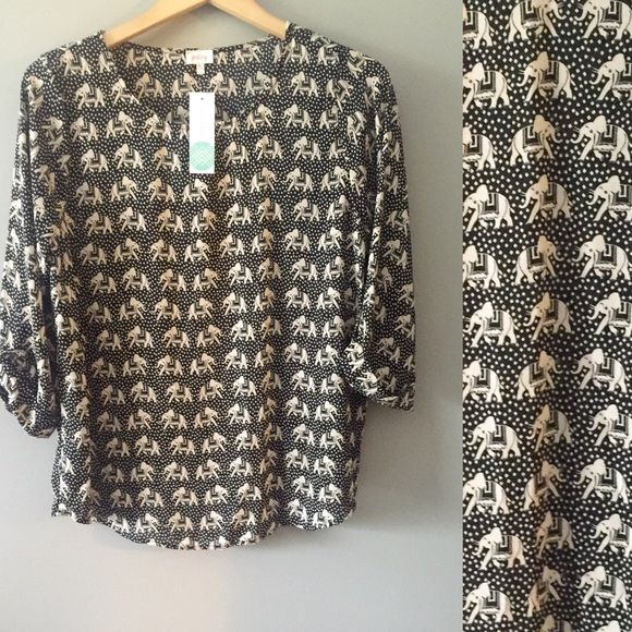 Ellie shirt that came in my Stitchfix box that I'm completely in love with!