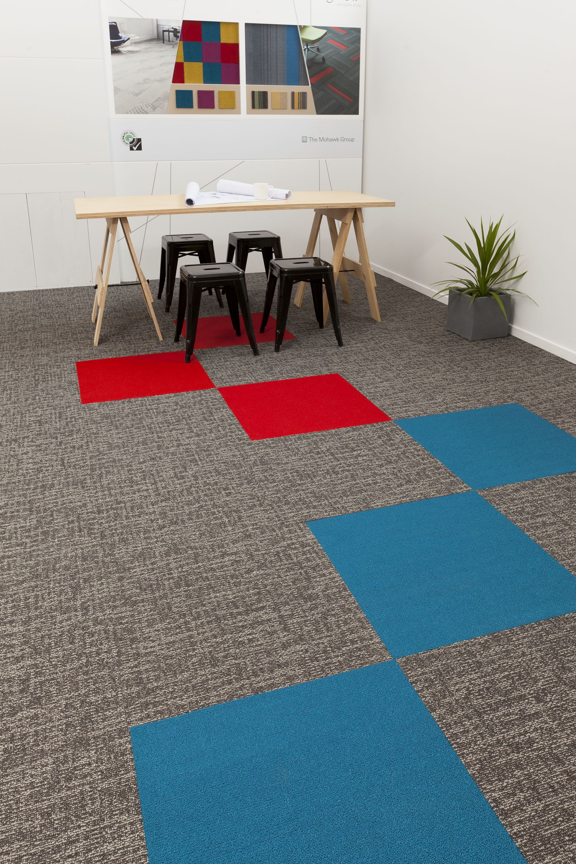 Nz Stocked Commercial Modular Carpet Tiles Bigelow Delhi Slate By Mohawk With Colorbeat Feature Insert Ti Modular Carpet Tiles Carpet Tiles Design Carpet Tiles