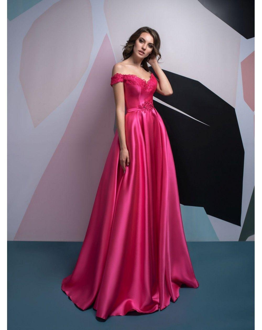 5eba0e828cf2 Cyklaménové šaty na ples z luxusného mikáda. Plesové šaty s veľkou sukňou z  mikáda s padavými ramienkami na šnúrovačku.