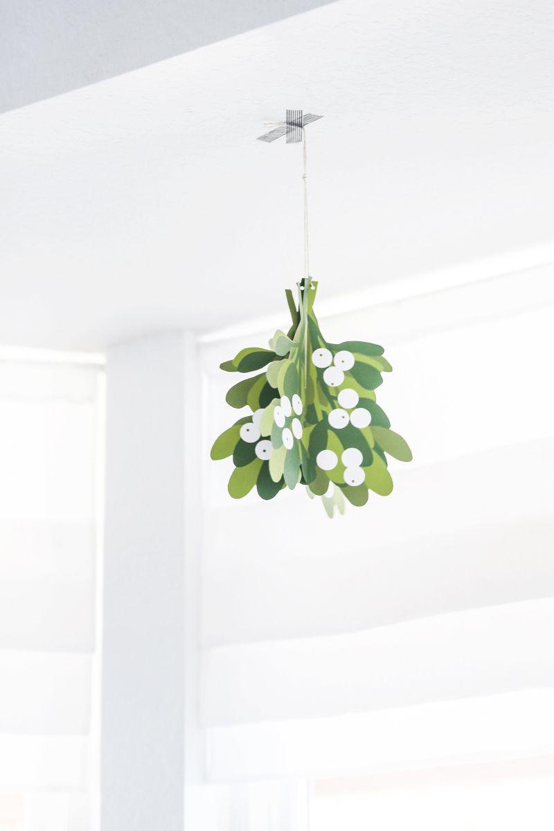 photo about Printable Mistletoe known as Mistletoe No cost Printable i ♥ Do-it-yourself Totally free xmas
