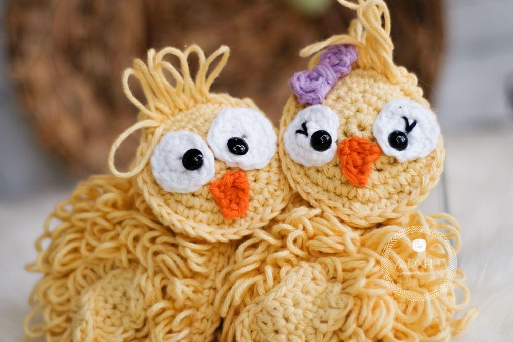 Crochet Easter Chicks - A free crochet pattern #eastercrochetpatterns Crochet Easter Chicks - A free crochet pattern - Yarnhild.com #eastercrochetpatterns
