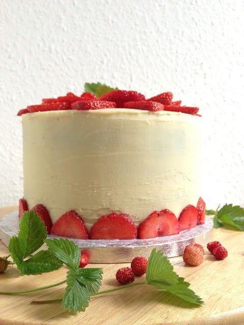 Torten Lust Erdbeer Torte Mit Sahne Frischkase Joghurt