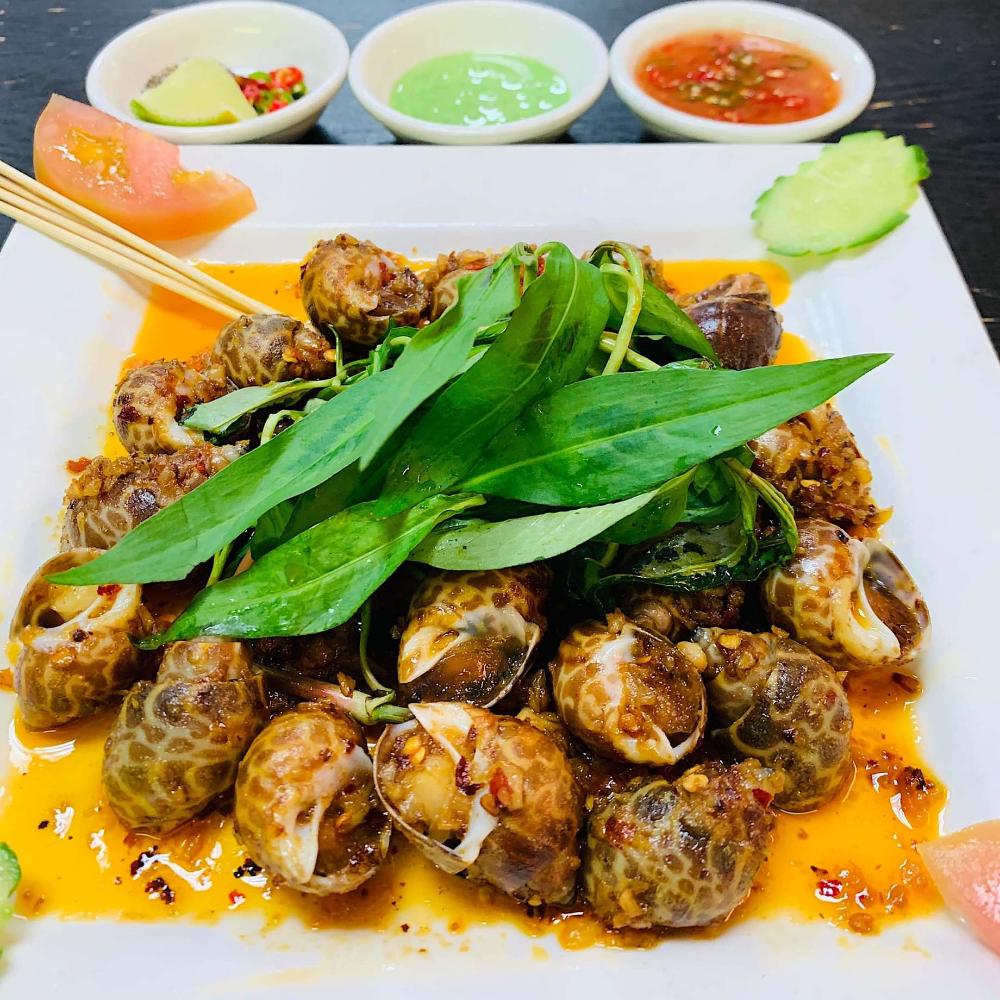 The 28 Best Vietnamese Restaurants In America Vietnamese Recipes Vietnamese Restaurant Vegetarian Italian