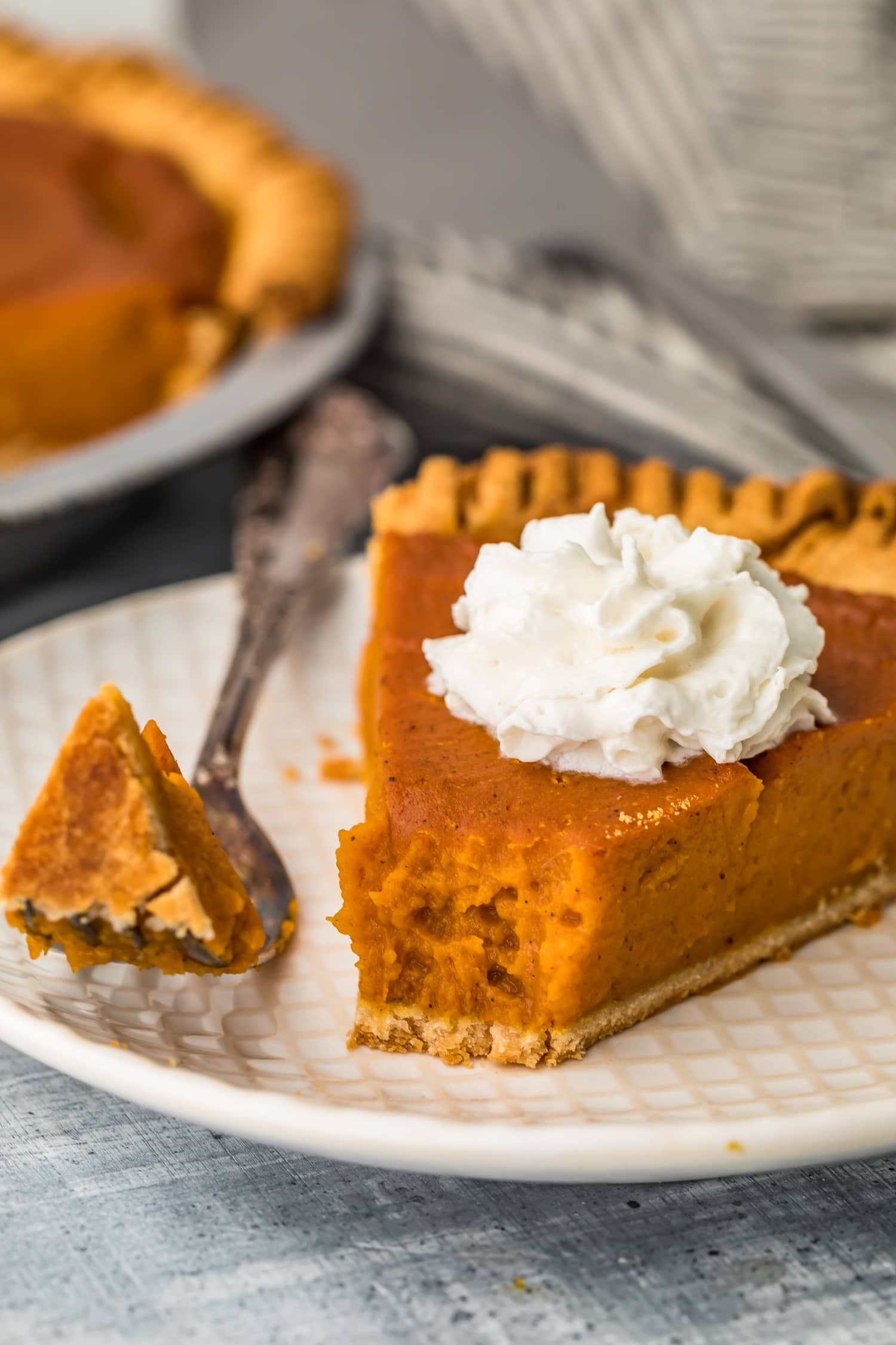 This Vegan Pumpkin Pie Recipe Is Made With Almond Milk For A Delicious And Vegan Thanksgiving De Vegan Pumpkin Pie Recipe Pumpkin Pie Recipes Vegan Pumpkin Pie