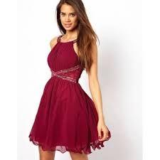 Fotos de vestidos escotados cortos