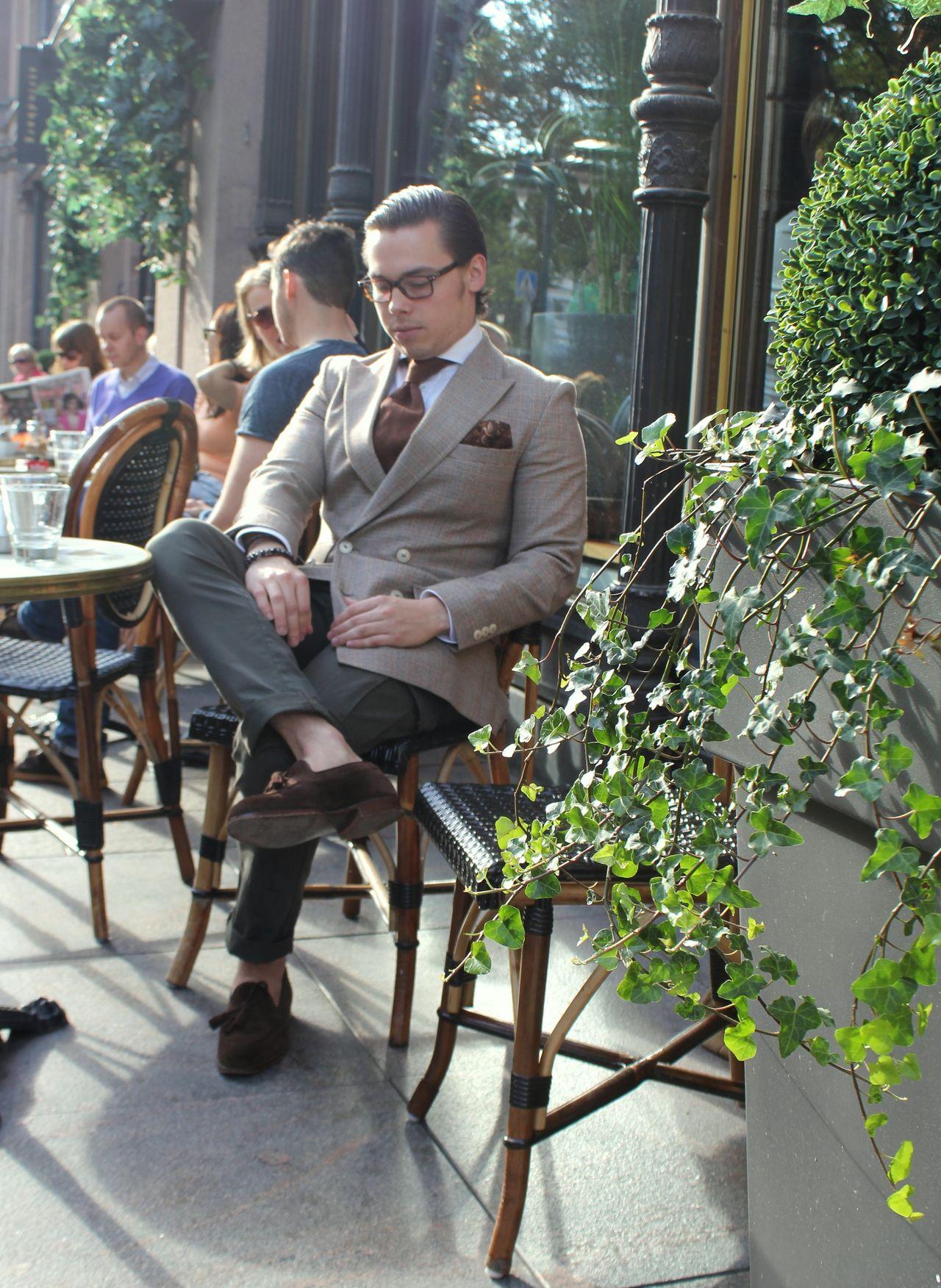 #MensFashion #Gentleman #Men #Fashion #Suit #Jacket #SingleBreasted #Shirt #Tie #Pocketsquare #Lapels #Vents #SleeveButtons #Trousers #Cuffs #Fabrics #GoodLooking #Elegance