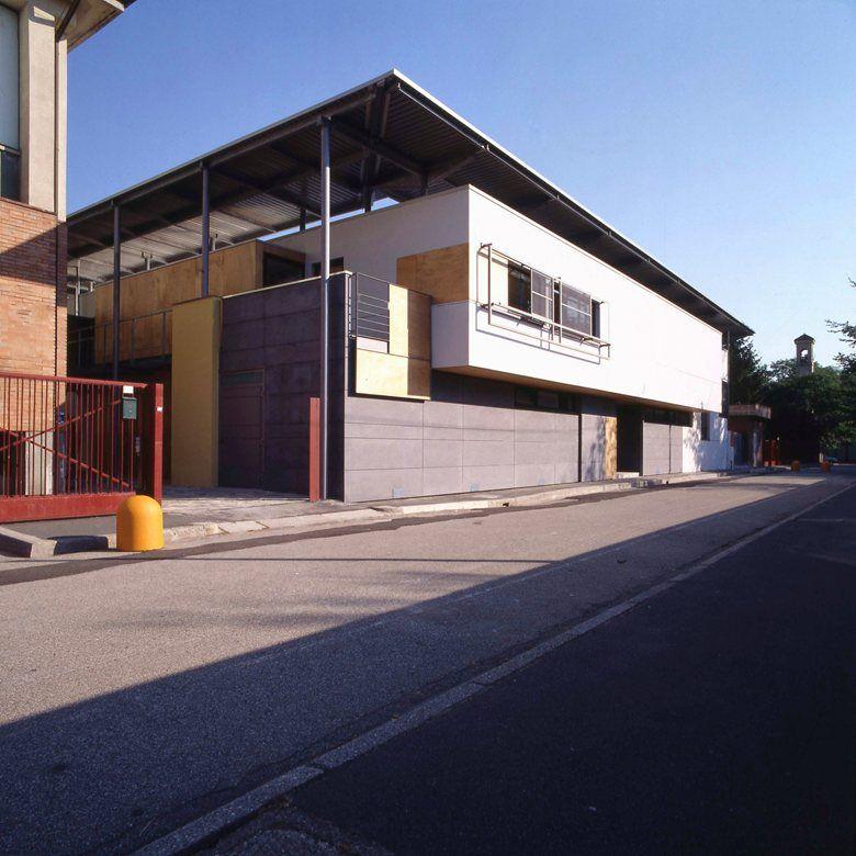 Palestra del plesso scolastico Buscate , Buscate, 1997 - Roberto Mascazzini